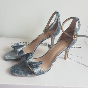 H&M Crushed Velvet Ankle Strap Sandal Heel…